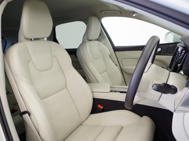 T5 AWD インスクリプション ACC HUD マッサージ機能  360°カメラ 本革 シートヒーター エアシート メモリーシート harman/kardon パワーシート 純正SDナビ Bluetooth 電動リアゲート(6枚目)