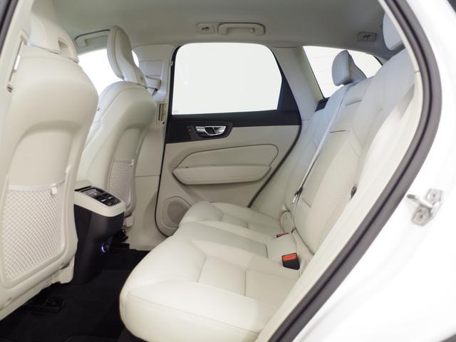 T5 AWD インスクリプション ACC HUD マッサージ機能  360°カメラ 本革 シートヒーター エアシート メモリーシート harman/kardon パワーシート 純正SDナビ Bluetooth 電動リアゲート(40枚目)