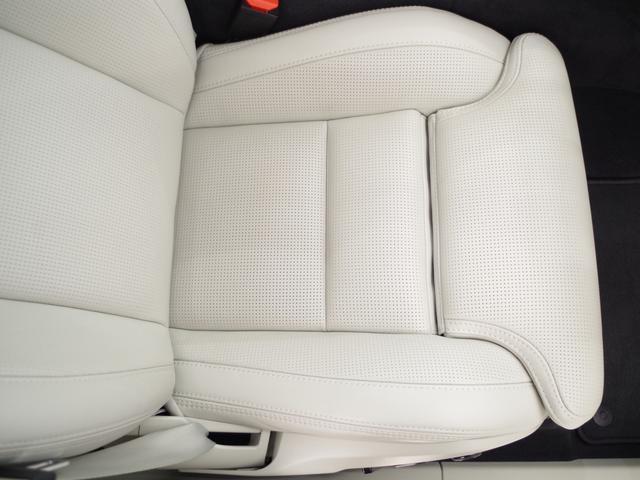 T5 AWD インスクリプション ACC HUD マッサージ機能  360°カメラ 本革 シートヒーター エアシート メモリーシート harman/kardon パワーシート 純正SDナビ Bluetooth 電動リアゲート(41枚目)