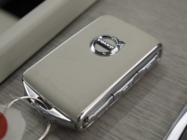 T5 AWD インスクリプション ACC HUD マッサージ機能  360°カメラ 本革 シートヒーター エアシート メモリーシート harman/kardon パワーシート 純正SDナビ Bluetooth 電動リアゲート(58枚目)