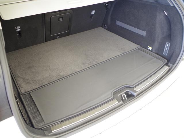 T5 AWD インスクリプション ACC HUD マッサージ機能  360°カメラ 本革 シートヒーター エアシート メモリーシート harman/kardon パワーシート 純正SDナビ Bluetooth 電動リアゲート(60枚目)
