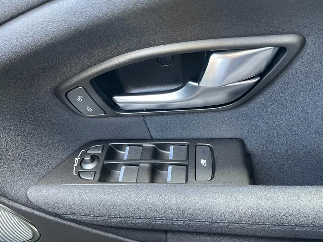 クールスタイル MERIDIANサラウンドサウンドシステム AED レーンディパーチャーワーニング 360°カメラ パワーバックドア ハーフレザーシート コーナーセンサー LEDヘッドライト オートライト(22枚目)