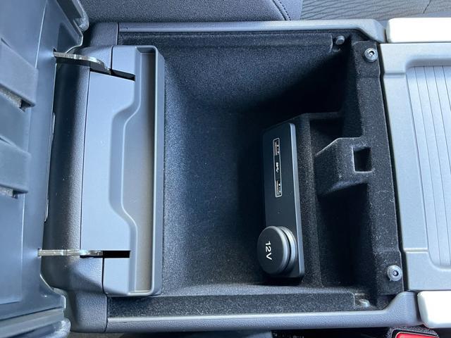 クールスタイル MERIDIANサラウンドサウンドシステム AED レーンディパーチャーワーニング 360°カメラ パワーバックドア ハーフレザーシート コーナーセンサー LEDヘッドライト オートライト(29枚目)