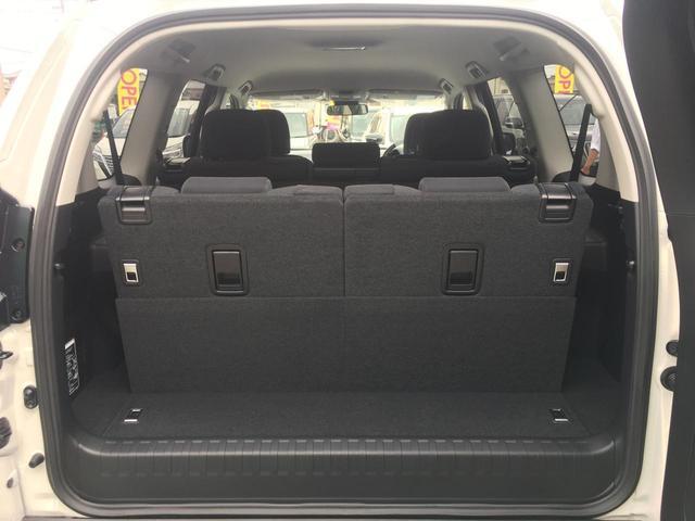 【トランク】7人乗車してもしっかり載せられる荷室スペースです!!