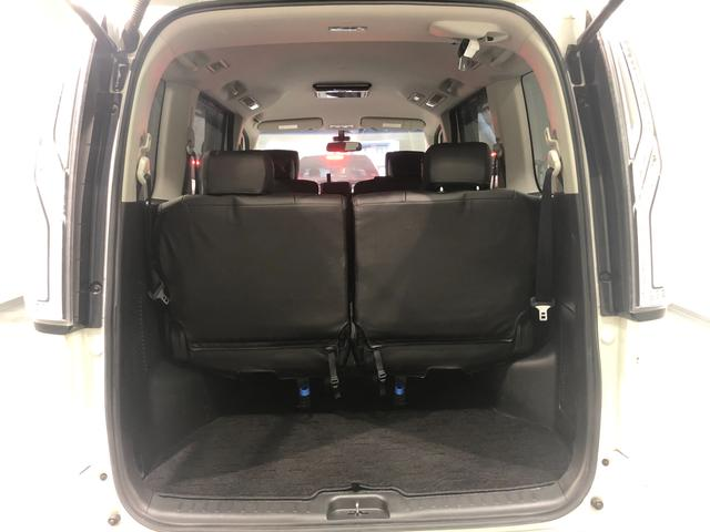 【トランク】8人乗車してもしっかり載せられる荷室スペースです!!