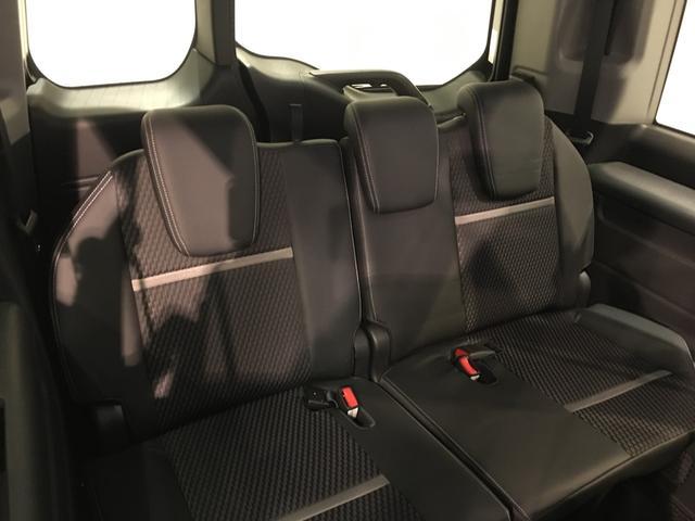 【サードシート】床下に収納することもできるサードシート!!