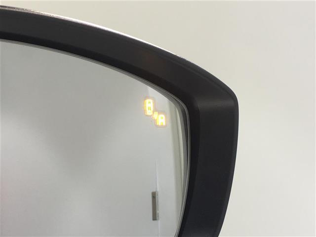 XD Lパッケージ 純正ナビ 全方位カメラ 衝突軽減 レーンアシスト BSM パワーバックドア レーダークルーズコントロール パワーシート シートヒーター レザーシート ETC フルセグテレビ DVD Bluetooth(4枚目)