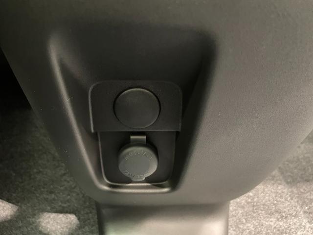 ハイブリッドS 届出済未使用車 衝突軽減 車線逸脱警報 レーダークルーズコントロール 両側電動ドア ヘッドアップディスプレイ リヤパーキングセンサー シートヒーター プッシュスタート スマートキー オートエアコン(41枚目)