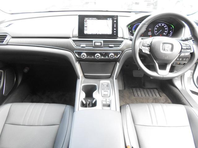 EX ホンダセンシング 本革シートパワーシート  8インチインターナビ 全席シートヒーター 前後ドライブレコーダー ETC アクティブダンパーシステム 18インチアルミ タイヤレグノ(15枚目)