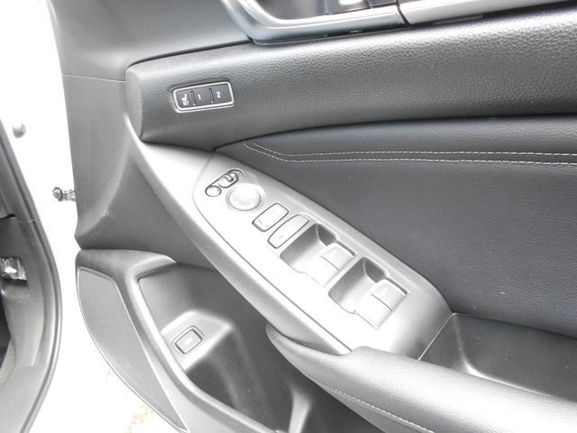EX ホンダセンシング 本革シートパワーシート  8インチインターナビ 全席シートヒーター 前後ドライブレコーダー ETC アクティブダンパーシステム 18インチアルミ タイヤレグノ(21枚目)