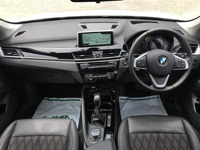xDrive 18d xライン(4枚目)