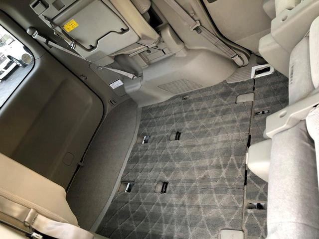 セカンドシート、サードシート分のスペースを確保!!