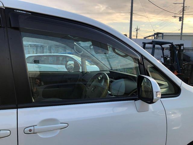 運転席側窓ガラス外観