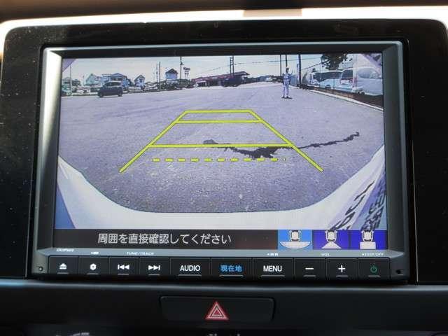 e:HEVリュクス 2年保証付 デモカー 衝突被害軽減ブレーキ サイド&カーテンエアバッグ ドライブレコーダー メモリーナビ フルセグTV バックカメラ シートヒーター 純正アルミホイール LEDヘッドライト(6枚目)