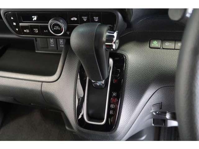 G・Lホンダセンシング Honda認定中古車2年保証付 衝突被害軽減ブレーキ アダプティブクルーズ オーディオレス 左側パワースライドドア LEDヘッドライト スマートキー セキュリティアラーム ETC ワンオーナー車(11枚目)