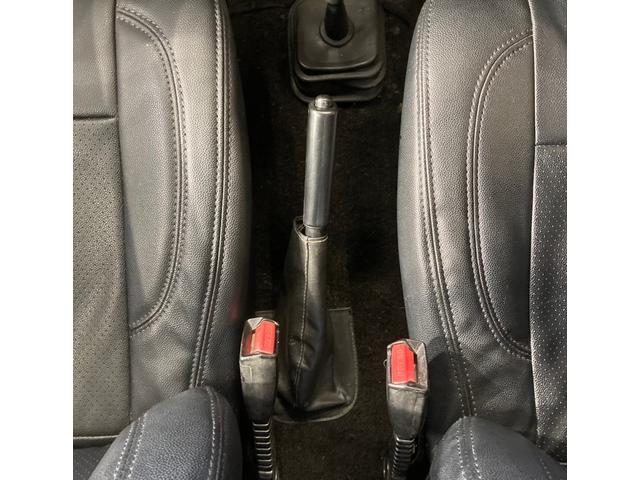 HC HID・5速MT・ルーフラック・レザー調シートカバー オールペン、エアコンコンプレッサー交換済み(28枚目)