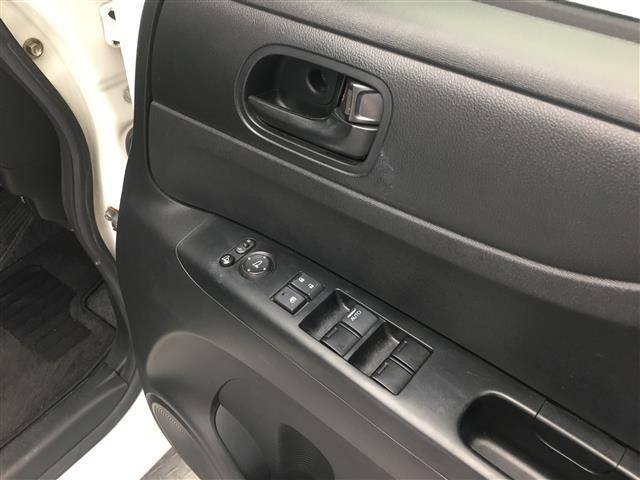 G・Lパッケージ 純正メモリナビ Bluetooth対応 片側パワースライドドア アイドリングストップ ステアリングスイッチ バックカメラ ビルトインETC フルセグTV 電動格納ミラー スマートキー(9枚目)
