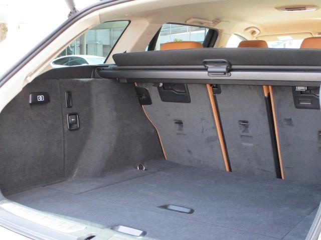 318iツーリング ラグジュアリー コニャックレザー シートヒーター タッチパネルHDDナビゲーション スマートキー 衝突軽減ブレーキ レーンアシスト バックカメラ コーナーセンサー LEDヘッドライト BMW正規ディーラー認定中古車(30枚目)