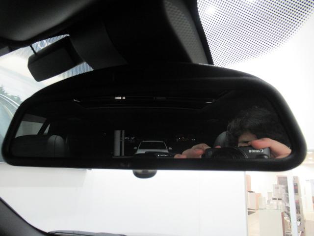 xDrive 35d Mスポーツ 7人乗り セレクトパッケージ パノラマガラスサンルーフ ブラックレザー シートヒーター 電動シート LEDライト ETC2.0 コンフォートアクセス オートトランク(11枚目)