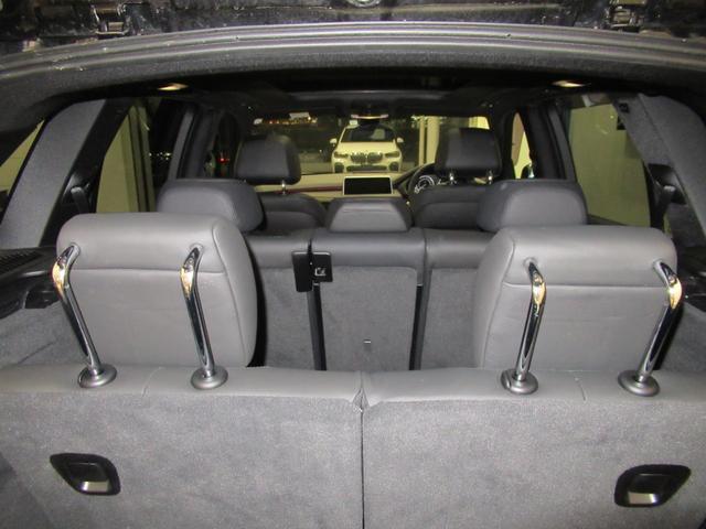 xDrive 35d Mスポーツ 7人乗り セレクトパッケージ パノラマガラスサンルーフ ブラックレザー シートヒーター 電動シート LEDライト ETC2.0 コンフォートアクセス オートトランク(15枚目)