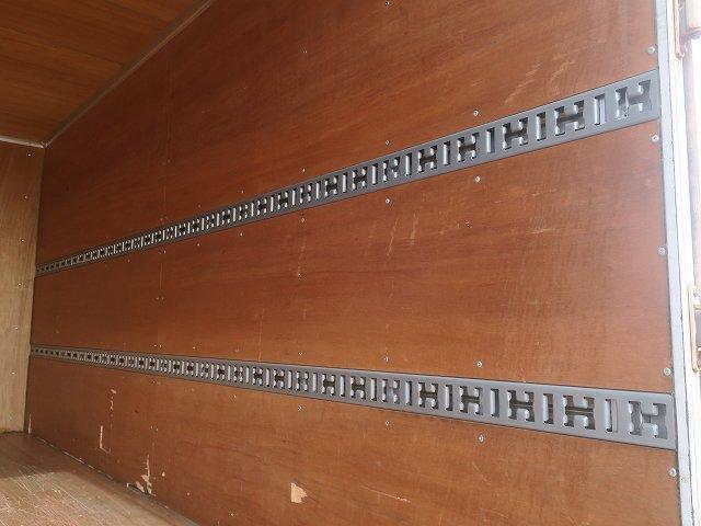 ワイドキャブロング全低床 平成24年式 三菱ふそう 2tアルミバン ワイドロング 全低床 導風板 内高221cm ナビ 2ペダル 準中型免許(44枚目)