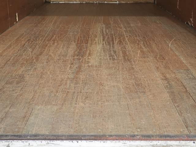 ワイドキャブロング全低床 平成24年式 三菱ふそう 2tアルミバン ワイドロング 全低床 導風板 内高221cm ナビ 2ペダル 準中型免許(48枚目)