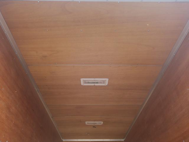 ワイドキャブロング全低床 平成24年式 三菱ふそう 2tアルミバン ワイドロング 全低床 導風板 内高221cm ナビ 2ペダル 準中型免許(53枚目)