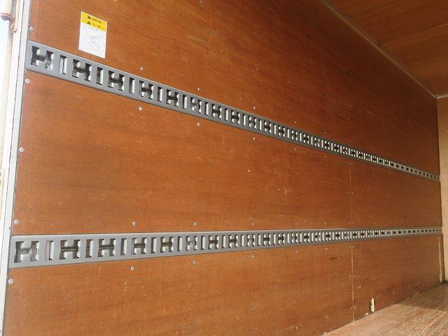 ワイドキャブロング全低床 平成24年式 三菱ふそう 2tアルミバン ワイドロング 全低床 導風板 内高221cm ナビ 2ペダル 準中型免許(60枚目)