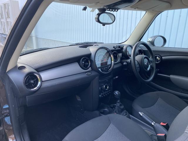 クーパー クラブマン 純正オーディオ エンジンスタートボタン リモコンキー ETC ルーフレール フォグライト 社外15インチアルミホイール(25枚目)