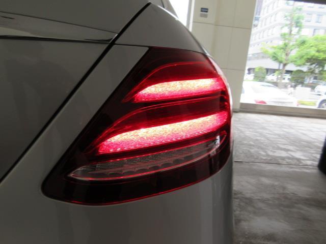 E200 アバンギャルド AMGライン エクスクルーシブパッケージ 2年保証 新車保証(15枚目)