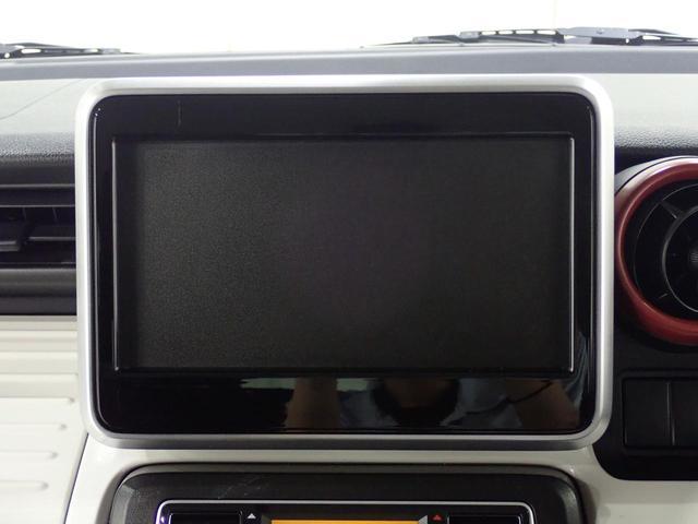 フルオートエアコンで1年中車内は快適!