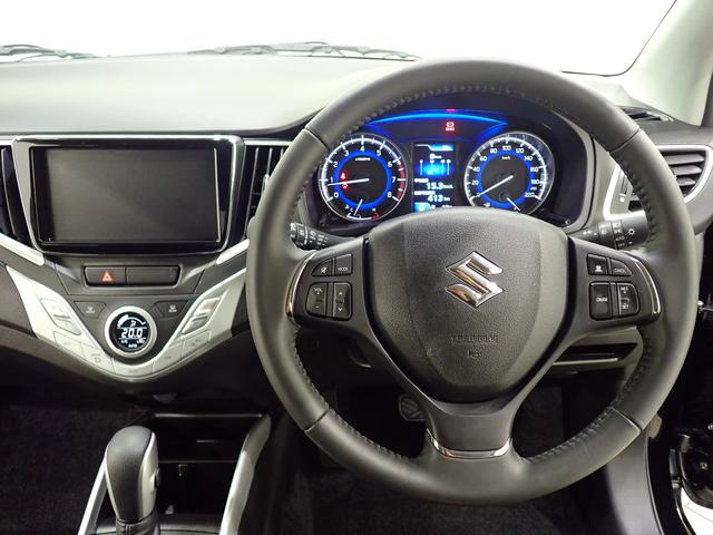 運転席からの眺めはこれ!先行車との距離を測定して、設定した車間距離を適切に保ちながら加速・減速して自動追従する「アダプティブクルーズコントロール」を装備!
