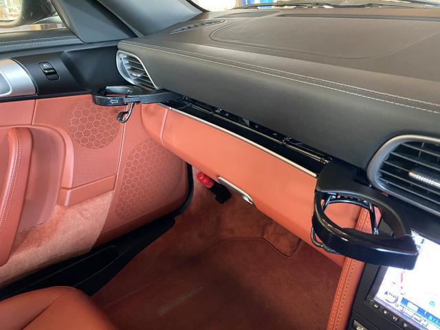 「ポルシェ」「911」「クーペ」「大阪府」の中古車40