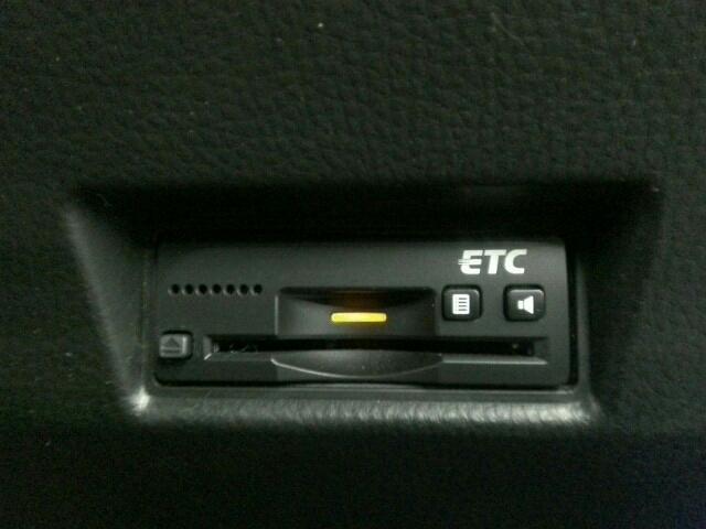 ベースグレード 車庫保管車 禁煙車 社外SDナビ スカウターカメラ フルセグTV サブウーハー ステリモ クルーズC パドルS LEDデーライト装備(28枚目)