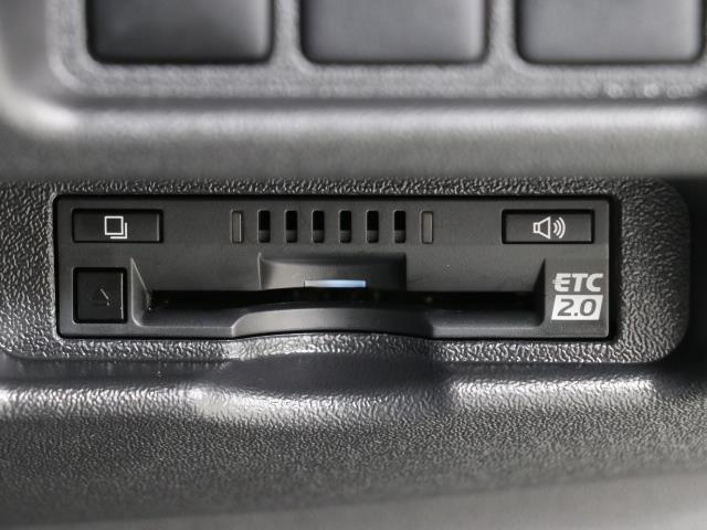 ロングDX バックモニター付 パワーウィンドウ ETC メモリーナビ エアバッグ ワイヤレスキー 点検記録簿付 エアコン ABS 衝突被害軽減 ナビテレビ フルセグテレビ CD再生 イモビ パワステ DVD再生(7枚目)