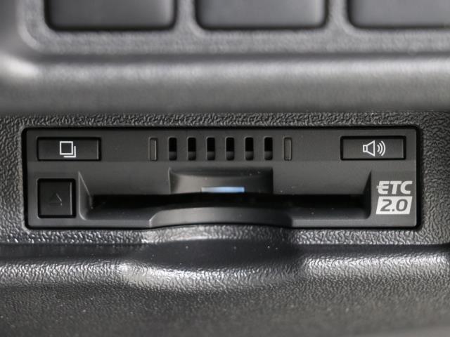 ロングDX バックモニター付 パワーウィンドウ ETC メモリーナビ エアバッグ ワイヤレスキー 点検記録簿付 エアコン ABS 衝突被害軽減 ドラレコ付き ナビテレビ フルセグテレビ CD再生 イモビ パワステ(9枚目)