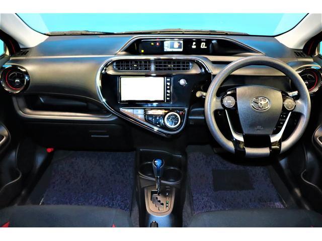 S 純正SDナビ/フルセグ/Bluetoothオーディオ/衝突軽減ブレーキ/レーンディバーチャーアラート/インテリジェントクリアランスソナー/LEDヘッドライト/スマートキー&プッシュスタート/1オーナー(5枚目)