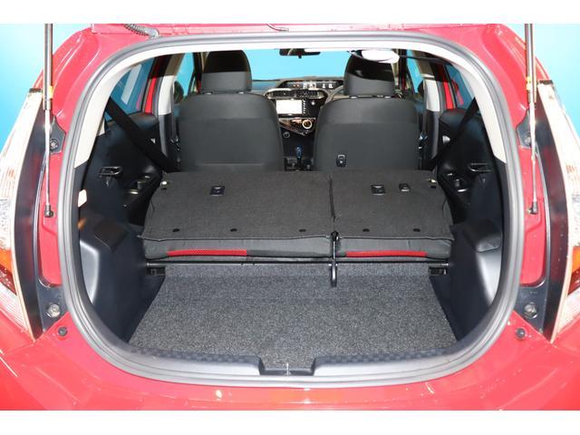S 純正SDナビ/フルセグ/Bluetoothオーディオ/衝突軽減ブレーキ/レーンディバーチャーアラート/インテリジェントクリアランスソナー/LEDヘッドライト/スマートキー&プッシュスタート/1オーナー(14枚目)