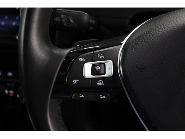 TSIハイラインブルーモーションテクノロジー 禁煙車/ターボ/プリクラッシュセーフティシステム/アダプティブレーンガイド/フロントアシスト/HIDヘッドライト/Bluetooth/USB入力/アイドリングストップ/ETC/オートホールド/記録簿(10枚目)