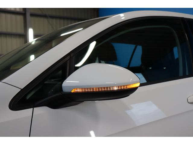 TSIハイラインブルーモーションテクノロジー 禁煙車/ターボ/プリクラッシュセーフティシステム/アダプティブレーンガイド/フロントアシスト/HIDヘッドライト/Bluetooth/USB入力/アイドリングストップ/ETC/オートホールド/記録簿(26枚目)