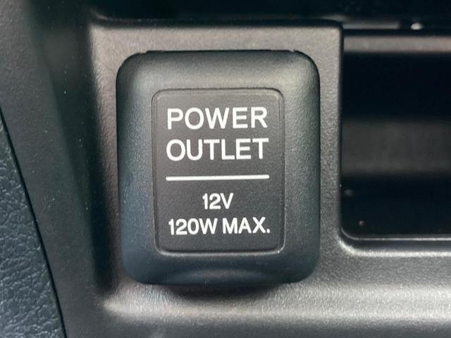 アブソルート 純正 HDDナビ/サンルーフ/EBD付ABS/横滑り防止装置/エアバッグ 運転席/エアバッグ 助手席/アルミホイール/パワーウインドウ/オートエアコン/パワーステアリング/盗難防止システム/4WD(18枚目)