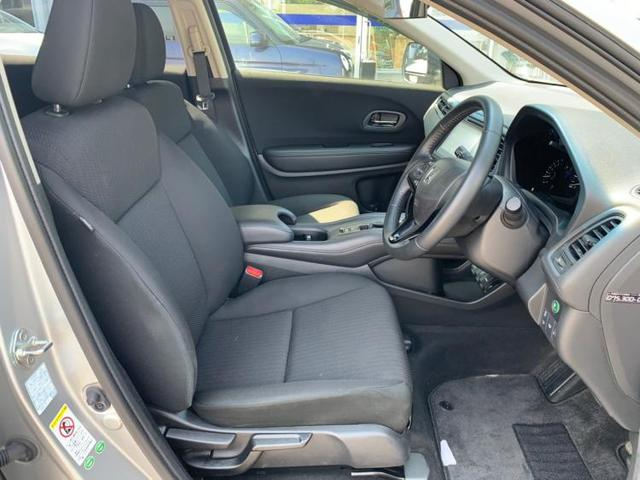 G 純正 7インチ HDDナビ/ETC/EBD付ABS/横滑り防止装置/アイドリングストップ/TV/エアバッグ 運転席/エアバッグ 助手席/アルミホイール/パワーウインドウ/キーレスエントリー 4WD(4枚目)