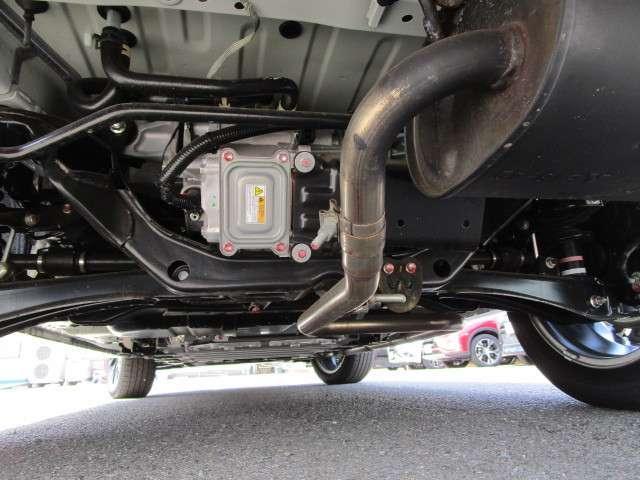 2.0 G リミテッドEDT 登録済未使用車 誤発進 ナビ(18枚目)