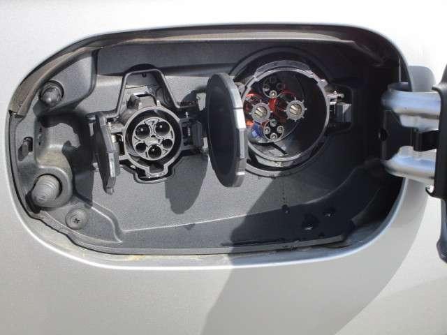 2.0 G リミテッドEDT 4WD フローティングナビ(13枚目)