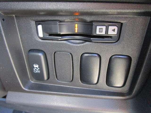 2.2 DパワーPKG DID 4WD メモリーナビ 後席(5枚目)
