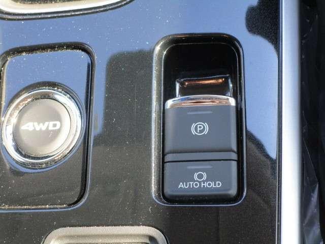 2.4 24GセイフティPKG 4WD ナビ 電動パーキング(4枚目)