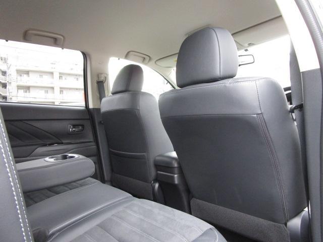 「三菱」「アウトランダーPHEV」「SUV・クロカン」「神奈川県」の中古車75