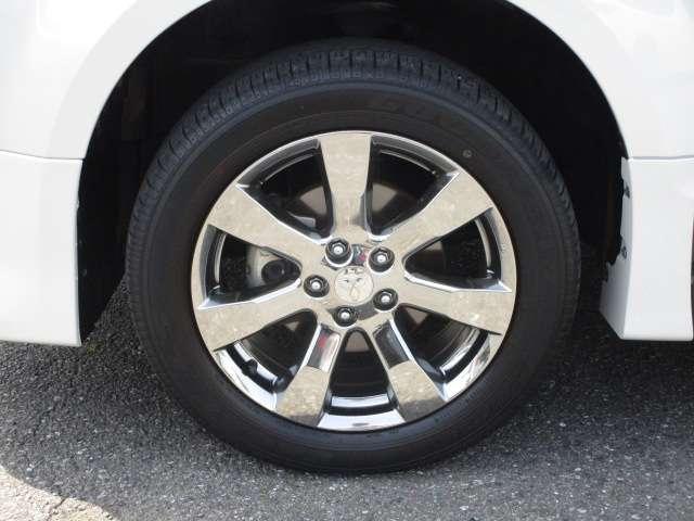 ローデスト D パワーパッケージ クロムメッキアルミ アルパイン9インチナビ 後席モニター10.1インチ ETC ワンオーナー 8人乗り 4WD 両側電動スライドドア(19枚目)