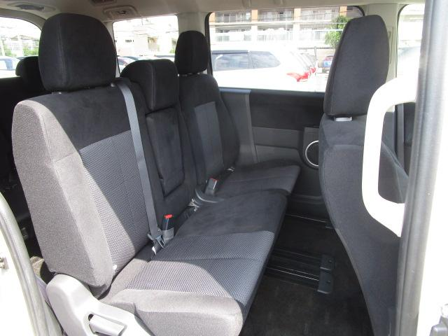 ローデスト D パワーパッケージ クロムメッキアルミ アルパイン9インチナビ 後席モニター10.1インチ ETC ワンオーナー 8人乗り 4WD 両側電動スライドドア(64枚目)