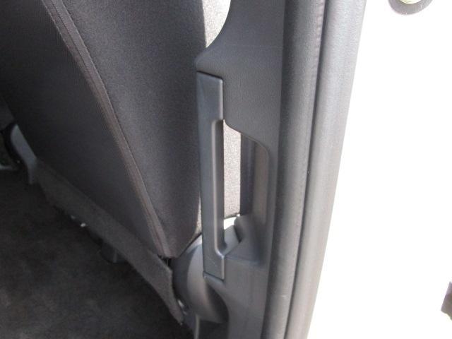 ローデスト D パワーパッケージ クロムメッキアルミ アルパイン9インチナビ 後席モニター10.1インチ ETC ワンオーナー 8人乗り 4WD 両側電動スライドドア(70枚目)